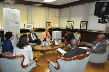 SWEDISH DELEGATION PAID COURTESY CALL TO THE MINISTER OF FOREIGN AFFAIRS